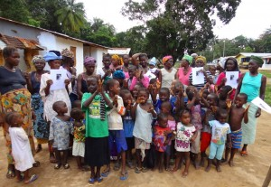 The Water Project : sierraleone5073-63-with-sasso-picture
