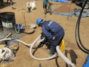 The Water Project : sierraleone5075-33-drilling