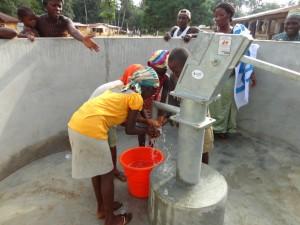 The Water Project : sierraleone5075-58-dedication