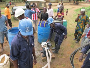 The Water Project : sierraleone5073-14-drilling