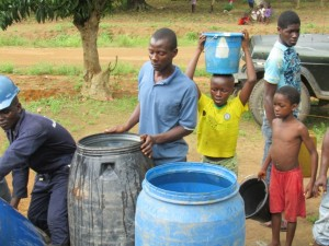 The Water Project : sierraleone5073-17-drilling