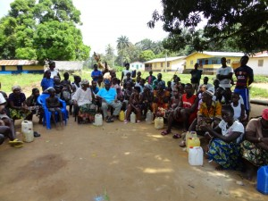 The Water Project : sierraleone5073-47-training