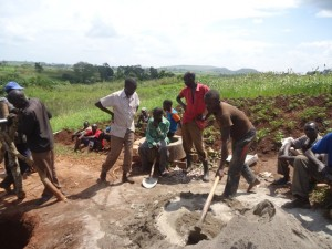 The Water Project : uganda6064-12-construction
