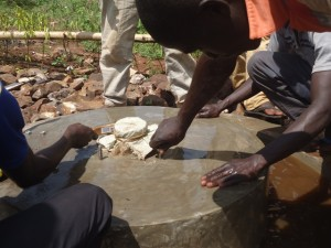 The Water Project : uganda6064-13-construction