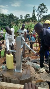 The Water Project : uganda6063-12-completed-well