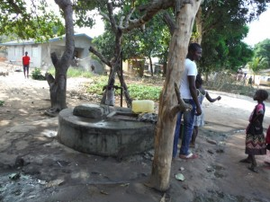 The Water Project : 1-sierraleone5079-open-well