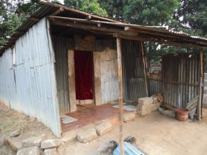 The Water Project : 15-sierraleone5096-home