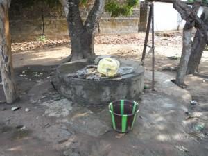 The Water Project : 2sierraleone5079-open-well