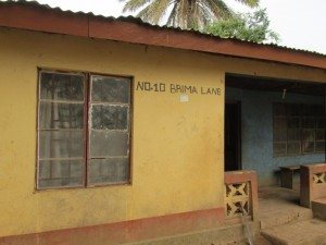 The Water Project : 3-sierraleone5079-house