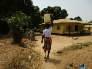 The Water Project : 14-sierraleone5081-carrying-water