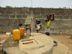 The Water Project : 6-sierraleone5081-restricted-well