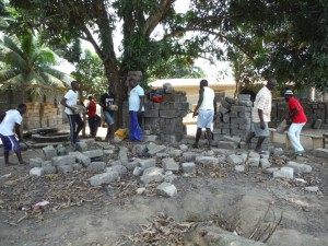 The Water Project : 21-sierraleone5096-clearing