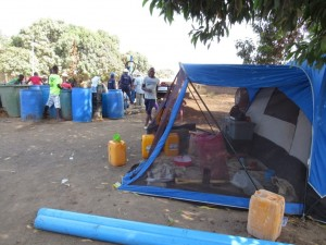 The Water Project : 32-sierraleone5079-tent-for-the-work-team