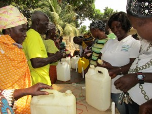 The Water Project : 36-sierraleone5096-tippy-tap-training