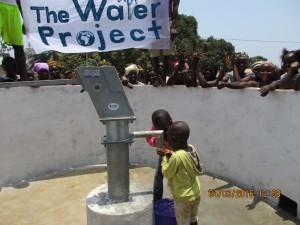 The Water Project : 44-sierraleone5079-dedication