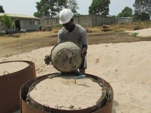 The Water Project : 53-sierraleone5096-new-casings