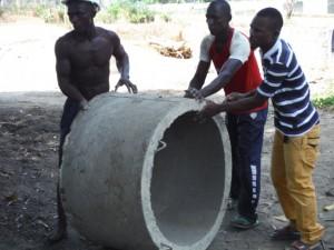 The Water Project : 55-sierraleone5096-new-casings