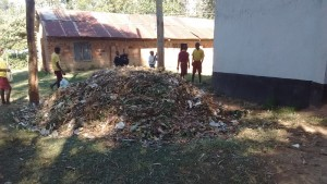 The Water Project : 7-kenya4604-compost-pit