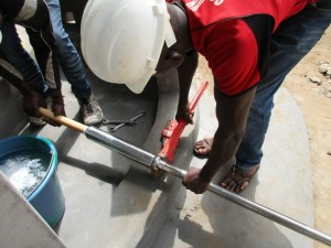 The Water Project : 70-sierraleone5096-construction-and-installation