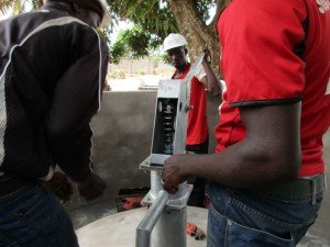 The Water Project : 72-sierraleone5096-construction-and-installation