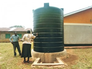 The Water Project : 10-kenya4613-storage-tank