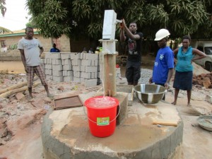 The Water Project : 10-sierraleone5097-construction