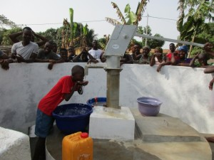 The Water Project : 10-sierraleone5097-dedication
