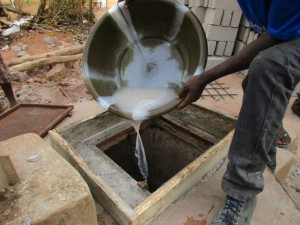 The Water Project : 11-sierraleone5097-construction