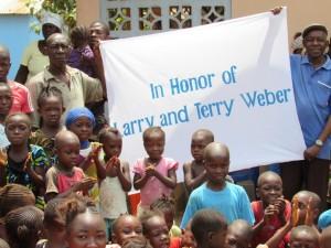 The Water Project : 2-sierraleone5080-dedication