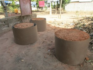 The Water Project : 2-sierraleone5097-construction