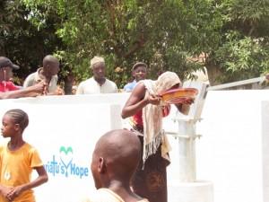 The Water Project : 6-sierraleone5080-dedication