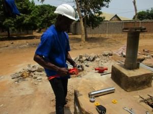 The Water Project : 6-sierraleone5097-construction