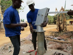 The Water Project : 8-sierraleone5097-construction