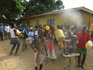 The Water Project : 1-sierraleone5081-dedication