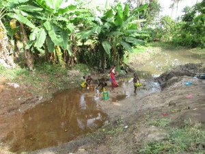 The Water Project : 1-sierraleone5085-current-source