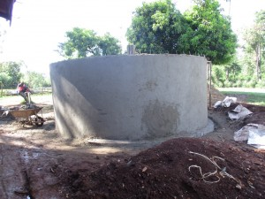 The Water Project : 10-kenya4605-construction