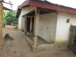 The Water Project : 10-sierraleone5088-household