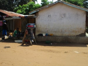 The Water Project : 11-sierraleone5088-household