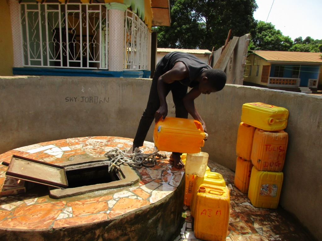 The Water Project : 11-sierraleone5098-unfinished-well