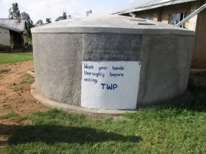 The Water Project : 12-kenya4610-finished-tank