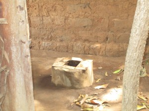 The Water Project : 13-sierraleone5089-latrine