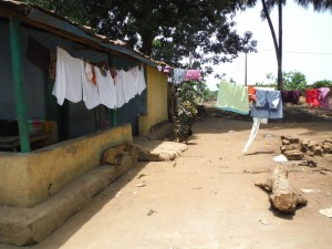The Water Project : 14-sierraleone5087-clothesline