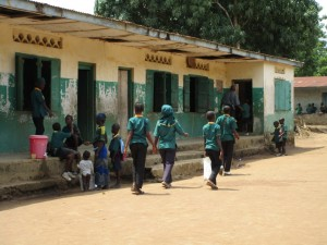 The Water Project : 14-sierraleone5099-school-grounds