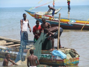The Water Project : 2-sierraleone5088-fishermen