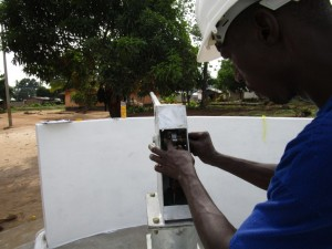The Water Project : 24-sierraleone5086-pump-installation