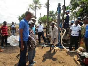 The Water Project : 25-sierraleone5083-drilling