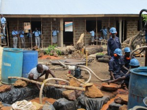 The Water Project : 27-sierraleone5083-drilling