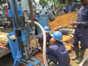 The Water Project : 28-sierraleone5083-drilling