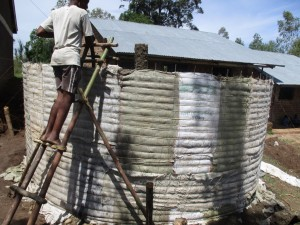The Water Project : 3-kenya4606-construction