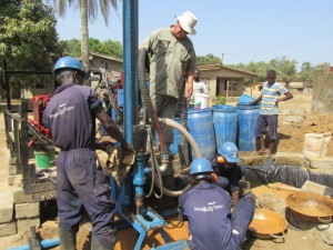 The Water Project : 3-sierraleone5081-construction